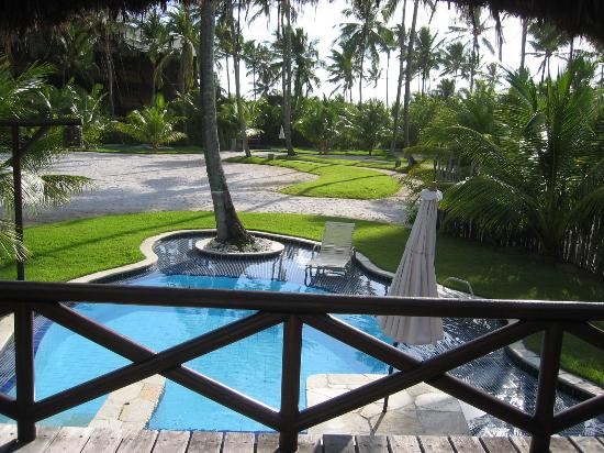 Hotel Nannai Beach Resort: view from bungalow to the pool