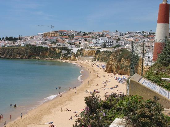 Portugal: Albufeira beach &amp; town