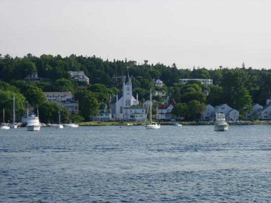 Mackinac Island, MI: A view of the buildings on Mackinaw Island from the ferry.