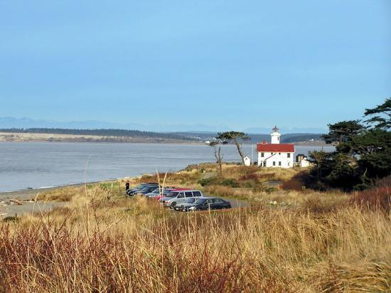 Port Townsend, : hiking around the Fort Worden lighthouse