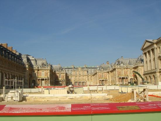   , : Versailles