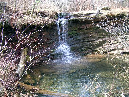 Mentone, AL: waterfall at local park