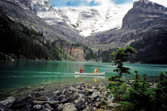 Parc national de Jasper, Canada : Mountain lake near Jasper
