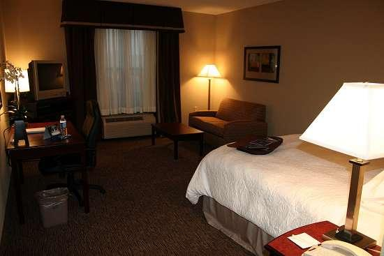 Hampton Inn & Suites Burlington ภาพถ่าย