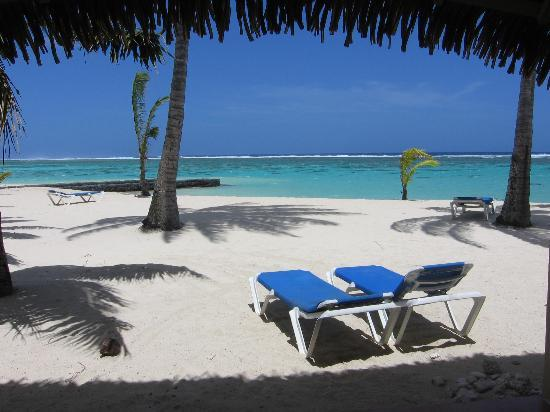 Aroa Beach, Islas Cook: View from our room - own cam.