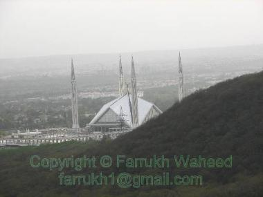 Faisal mosque from Margallah Hills @ day time