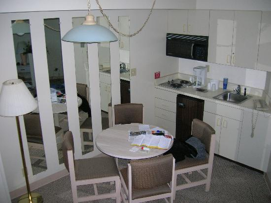 Royal Suites at  Atlantic Palace: kitchen area