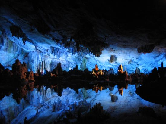 see in der h hle picture of reed flute cave ludi yan