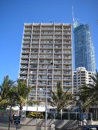 Photo of Iluka Beach Resort Surfers Paradise