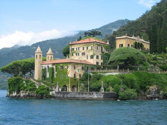 http://media-cdn.tripadvisor.com/media/photo-s/00/1a/0f/5b/villa-balbianello.jpg