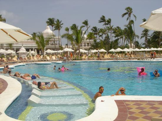 Riu Palace Punta Cana: Pool
