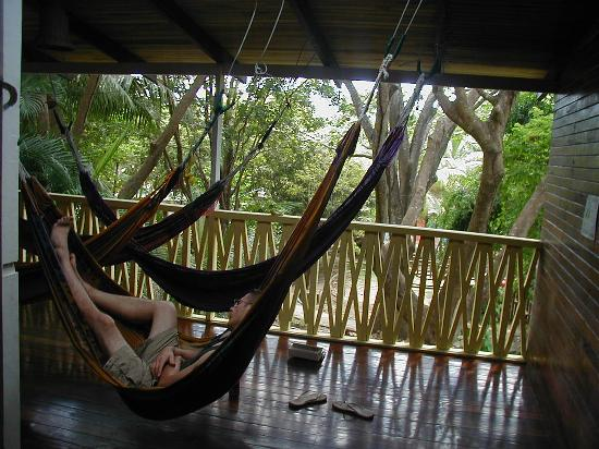 La Aurora Hotel: Upstairs deck with hammocks