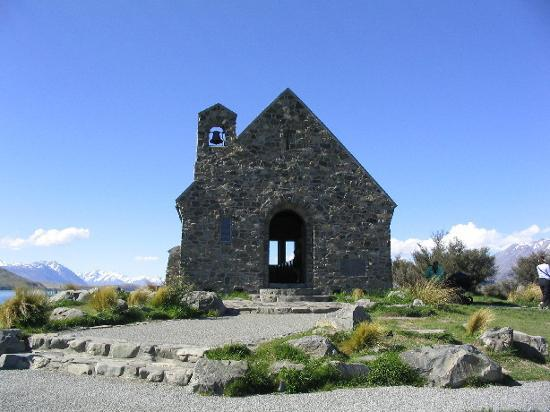 Lake Tekapo, New Zealand: Church of the good shepard, Tekapo