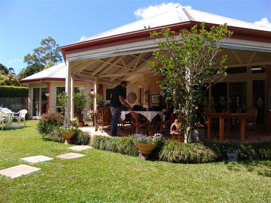 Noosa Valley Manor: view of the Manor II