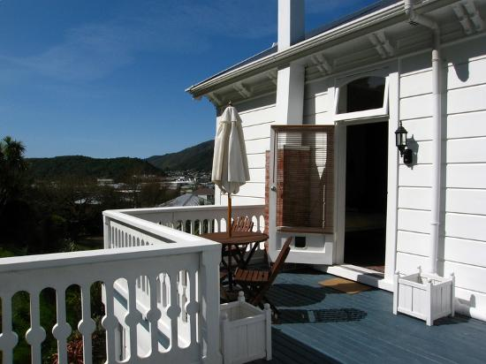 Spiral staircase to loft picture of picton marlborough for Balcony upstairs