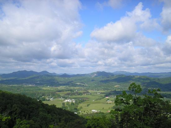 Photo of Timbercreek Cabin Rentals Sevierville