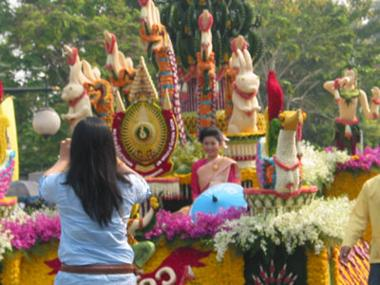 Large floats with preety ladies.