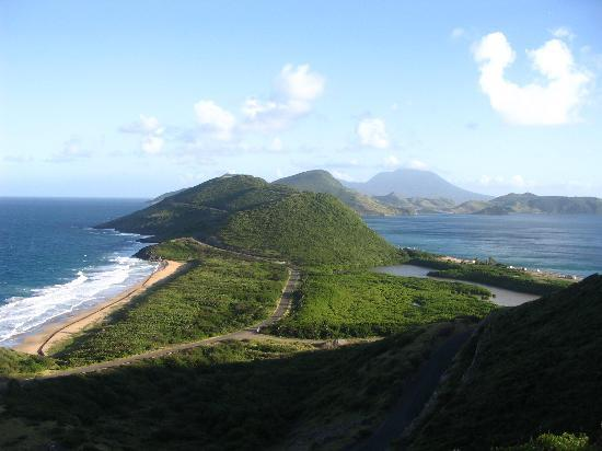 Σεντ Κιτς: View to the south Frigate Bay St. Kitts