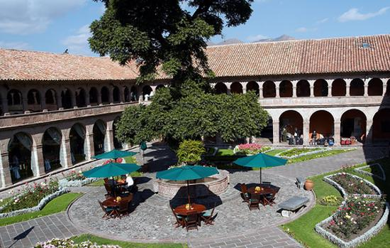 Hotel Monasterio by Orient-Express: Monasterio&#39;s Courtyard