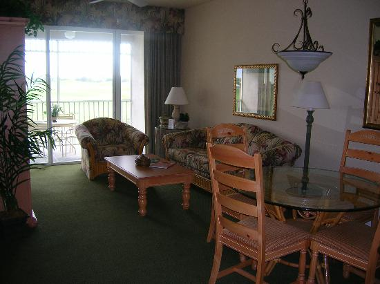 GreenLinks Golf Villas at Lely Resort: 2 bedroom suite
