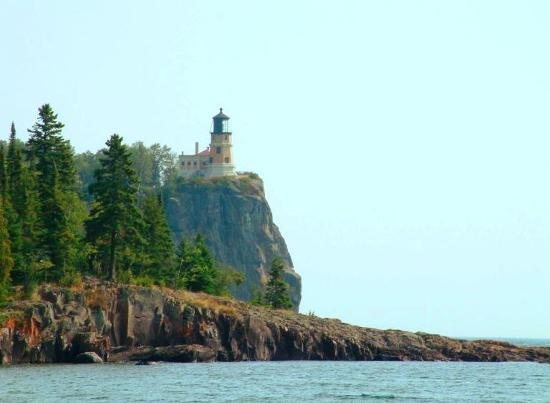 Cliff Dweller Inn of Tofte: Splitrock Lighthouse  Photos copyrighted to Serenity Photo