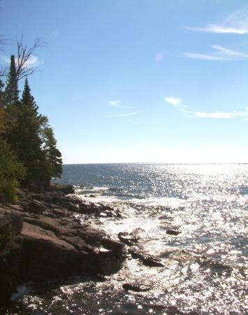 Cliff Dweller Inn of Tofte: Superior's Glitter  Photo copyrighted to Serenity Photo