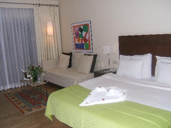 Barut Lara Resort Spa & Suites: our bedroom