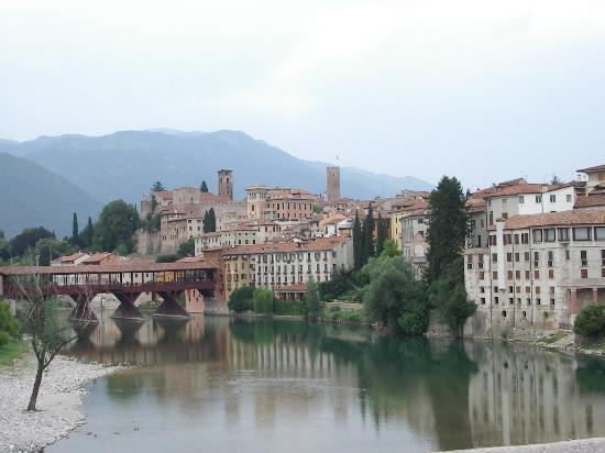 Bassano Del Grappa, Italien: Bassano Bridg