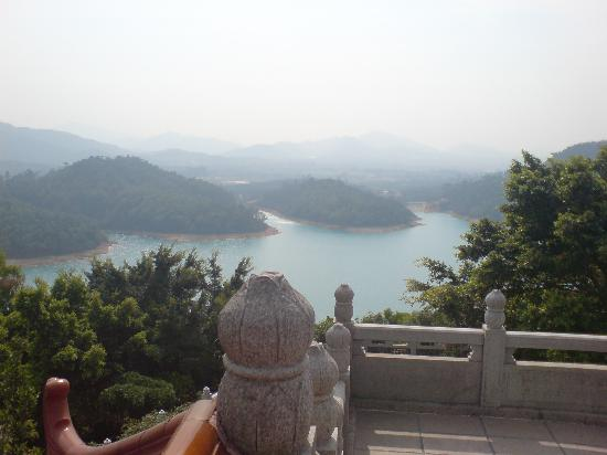 Zhuhai bed and breakfasts