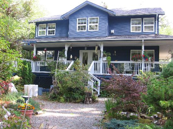 Photo of Seafarer's Bed and Breakfast Tofino