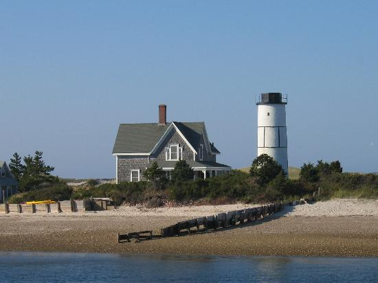 Yarmouth Port, MA : Sandy Neck Light House