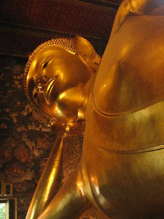 Bangcoc, Tailndia: Wat Pho - Reclining Buddha