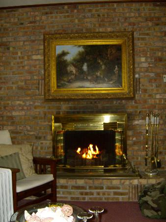 AWARD WINNING BED AND BREAKFAST - JONESVILLE MICHIGAN
