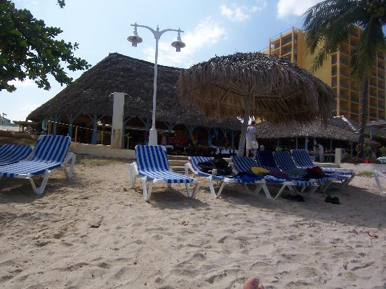 Photo of Sunset Beach Resort & Spa, Montego Bay: From Review: Plan on