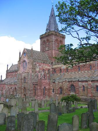 Orkney Islands, UK: St. Magnus, Kirkwall, Orkney, 2004
