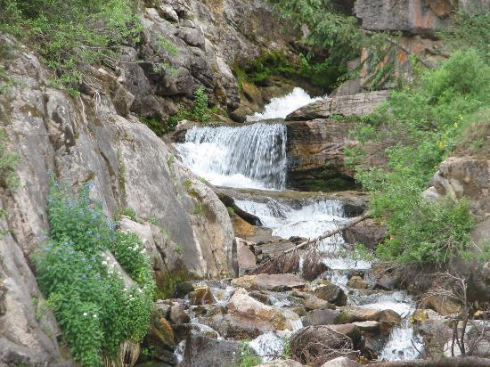 Durango, CO : waterfall along Million Dollar Hwy