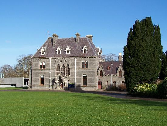 Castlebar, Ireland: Turlough House