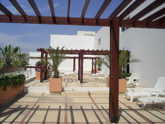 Hotel Kamal: the lovely terrace on the second floo very quietr