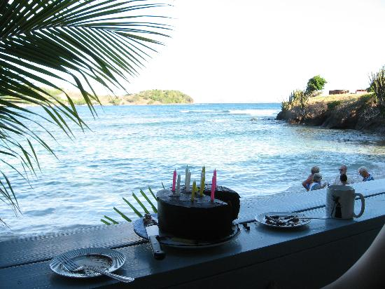 Bequia Beachfront Villas: Birthday in the tropics