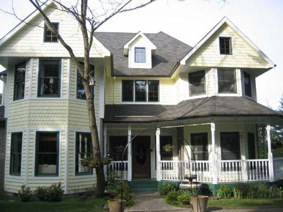 ‪Wildwood Manor Bed and Breakfast‬
