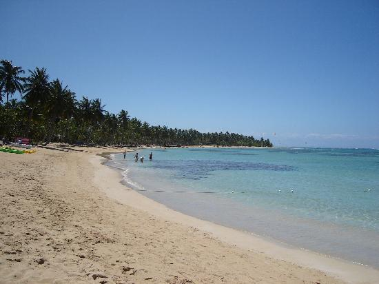 Las Terrenas, Dominican Republic: beach to the left