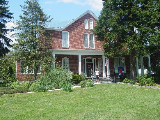 Photo of South Court Inn Bed and Breakfast Luray
