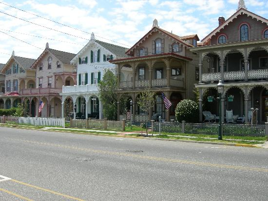 Victoria House Bed And Breakfast Beach Haven Nj : Cape may new jersey bed and breakfast gingerbread house