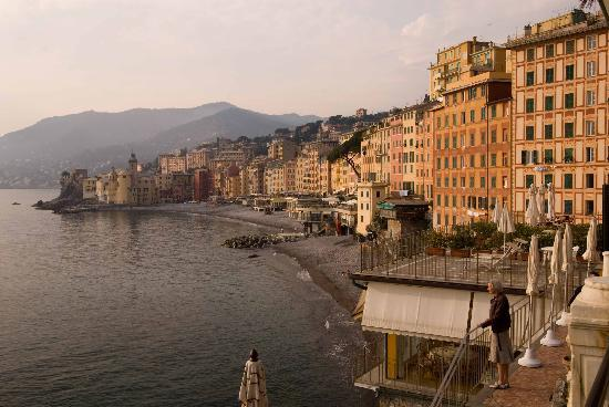 Camogli, Italy: From our rooms window