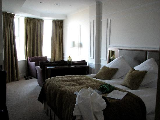 Slieve Donard Resort and Spa: Upgraded room
