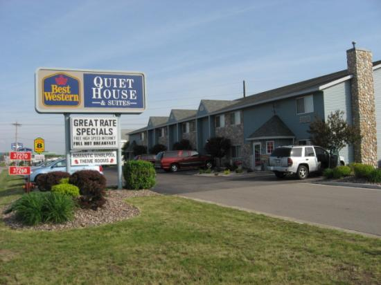 BEST WESTERN Bluffview Inn & Suites: Hotel exterior