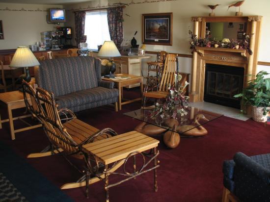 BEST WESTERN Bluffview Inn & Suites: Lobby area