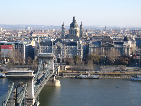 http://media-cdn.tripadvisor.com/media/photo-s/01/00/2e/7b/budapest.jpg