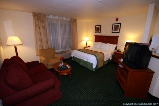 TownePlace Suites Springfield: Bedroom