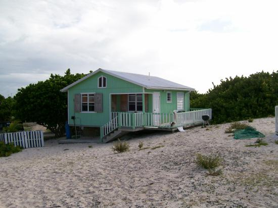 Lo'Lolly Beach Cottages: Green Cottage- The one we stayed in